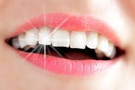 clareamento dentário-
